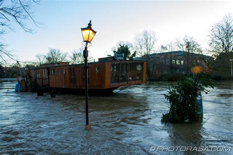 restaurants near power and light a in maidstone river medway floods town