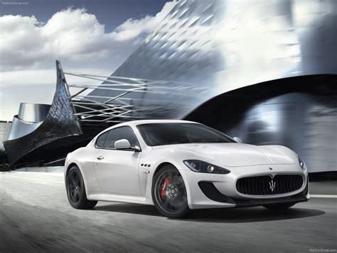 Maserati Vs Aston Martin by Maserati Granturismo Mc Stradale Vs Aston Martin Rapide V12