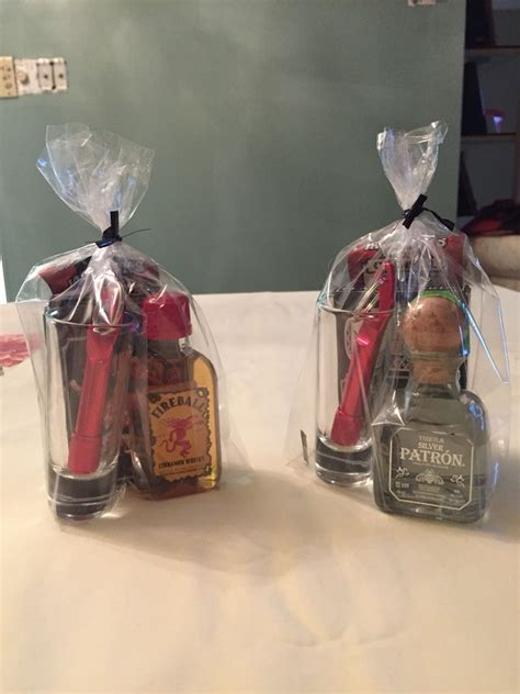 adult holiday favors prizes for baby shower ideas prizes babies and babyshower