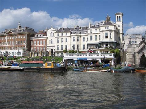 thames river cruise richmond to hton court duchessomnium island to island 187 captain s log day 9