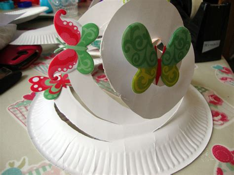 How To Make A Paper Easter Bonnet - easter bonnet ideas 24 easter hats that will delight your