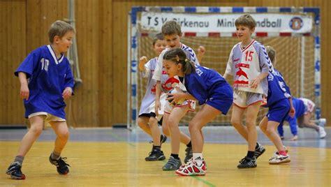 imagenes de niños jugando al handbol cuesti 243 n de costumbre un sitio pensado para disfrutar de