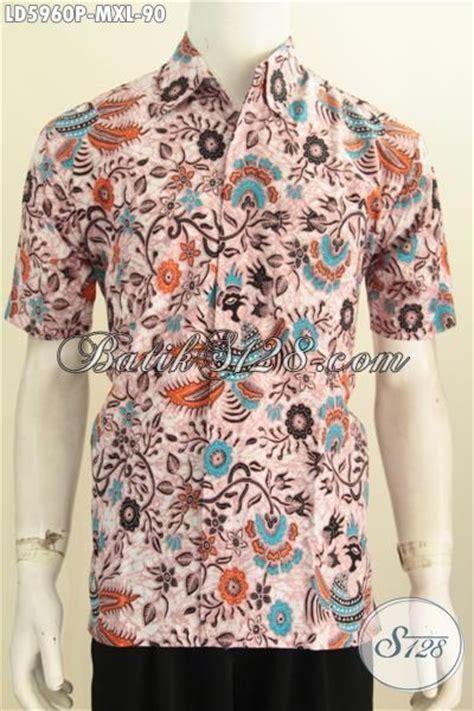Baju Pakaian Pria Busana Kemeja Pendek Motif Batik Murah 3 produk terbaru pakaian batik pria model lengan pendek busana batik modis halus motif bunga