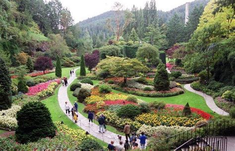 best gardens in the world travel top 10 world s most beautiful gardens the