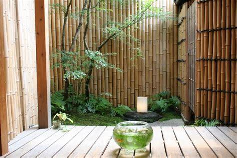 desain lu hias dari bambu inspirasi desain pagar bambu tidak kalah dengan pagar