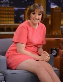 lena dunham married lena dunham embarrasses jimmy fallon on the tonight show