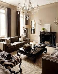 the warm neutral colors of this living room just
