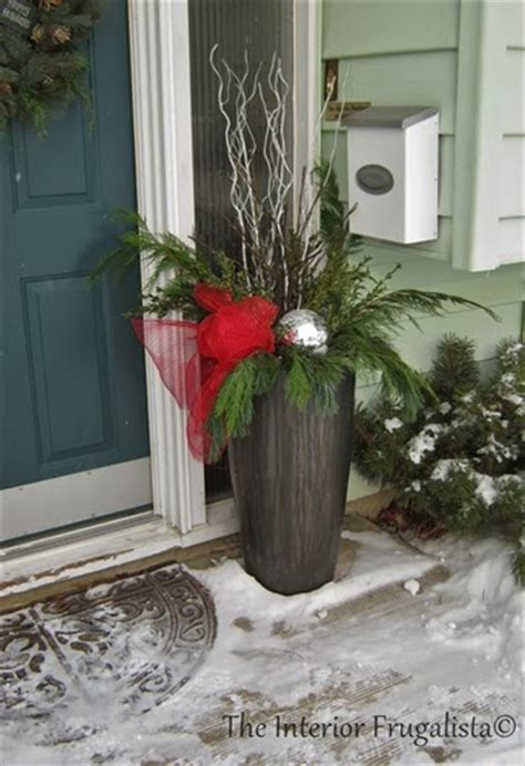 how to fill outdoor planters for the holidays the interior frugalista