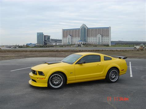 bbs wheels mustang 2005 yellow mustang gt on bbs wheels at motor