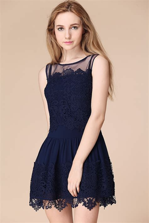 Aw08 Trends Laced With Style by Chic Ways To Wear Lace Dresses Trends In Style Lava360
