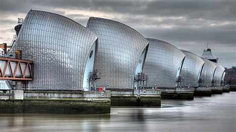 thames barrier housing thames barrier closed for fifth time in three days