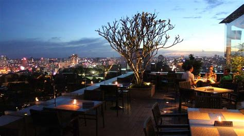 shri restaurant lounge rooftop bar in ho chi minh