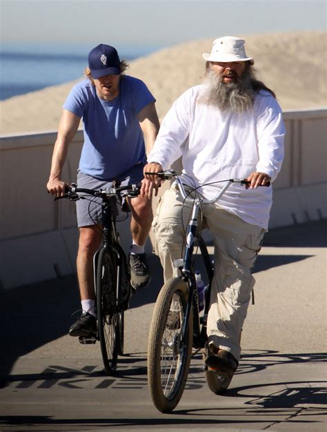 Owen Wilson Bikes To Clubs by Owen Wilson And Rick Rubin Ride Bikes In Malibu Zimbio