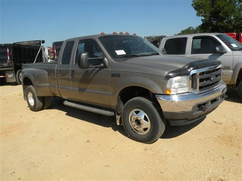 ford   extended cab dually jm wood auction