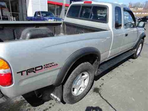 car owners manuals for sale 2002 toyota tacoma xtra free book repair manuals find used 2002 tacoma xtracab 4x4 3 4l 5 speed manual trd off road 1 owner 77k miles video in