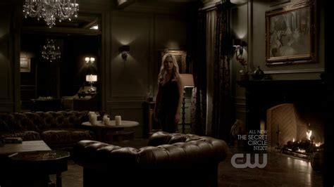 stefan salvatore bedroom stefan and damon salvatore house google search vire