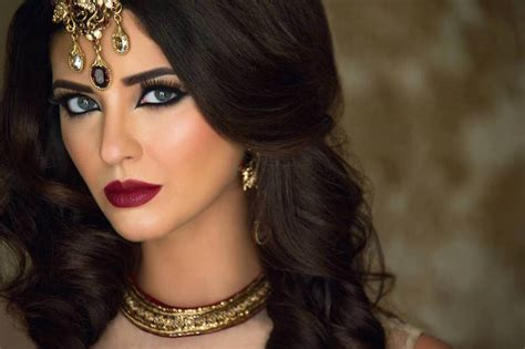 Wedding Artis by Choosing The Right Makeup Artist For Your Wedding 6 How To S