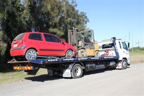 boat service north brisbane towing service caboolture dvt trucking transport