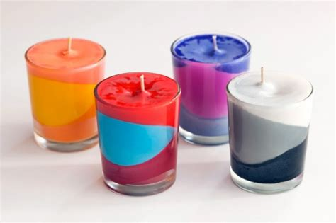 candele color use crayons to create color block candles brit co