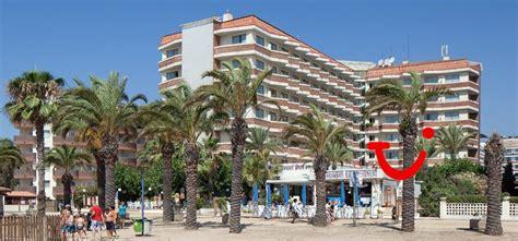 hotel next door foto h top royal sun santa susanna tripadvisor top royal sun hotel santa susanna spanje tui