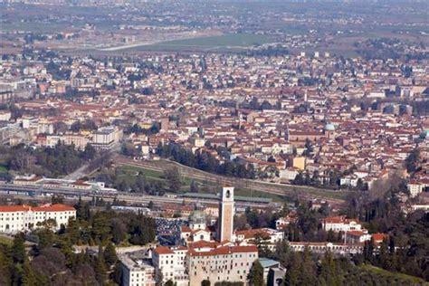 Vicenza Pan la domenica di vicenza settimanale di politica e