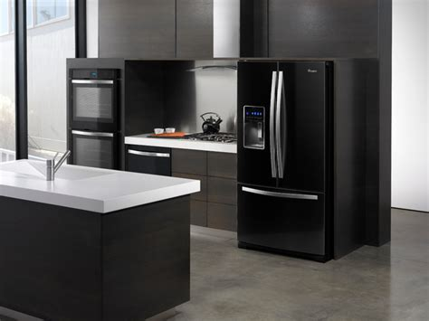 Redoing Kitchen Cabinets by Deciding Between Black White Or Stainless Steel Kitchen