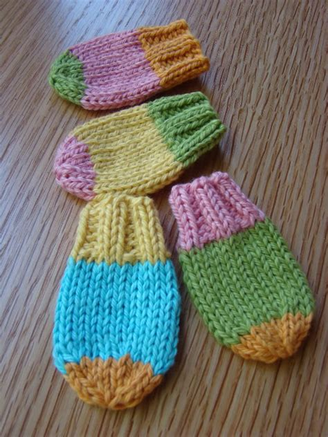 free baby mittens knitting pattern free knitting pattern for easy baby mittens