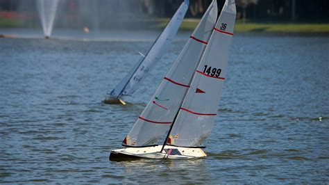 sailboat from it how to get started with rc sailboats tested