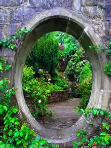 verborgener garten 18 ideas to start a secret backyard garden top easy diy