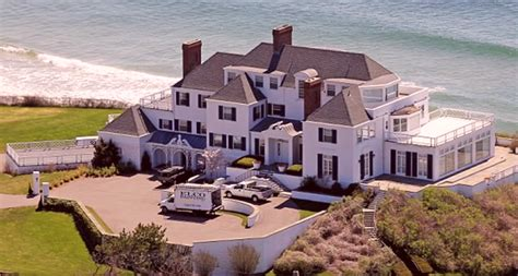 taylor house taylor swift house pictures to pin on pinterest pinsdaddy