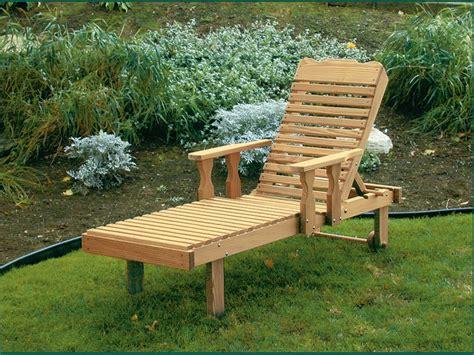 Adjustable Lounge Chair Outdoor Design Ideas Wood Pool Lounge Chairs Pine Wood Chaise Lounge With Adjustable Back Diy Outdoor Chaise Lounge