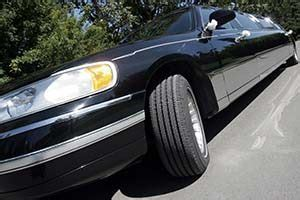 worldwide limousine service the advantages of using a worldwide limousine service