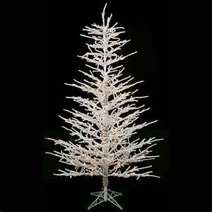 pre lit outdoor christmas trees lookup beforebuying