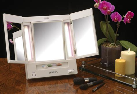 lighted makeup mirror amazon amazon com jerdon jgl9w tri fold lighted mirror with 5x