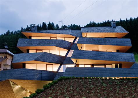 italian architect dolomitenblick apartment block by plasma studio