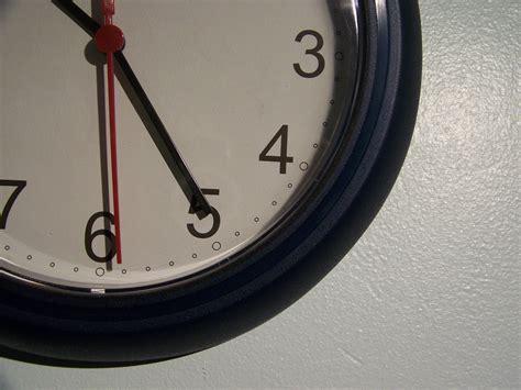 reasons people procrastinate business insider 7 surprising psychological reasons you procrastinate