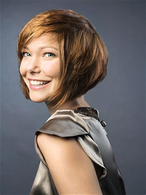 what not to wear short hairstyles how to wear short hairstyles family circle