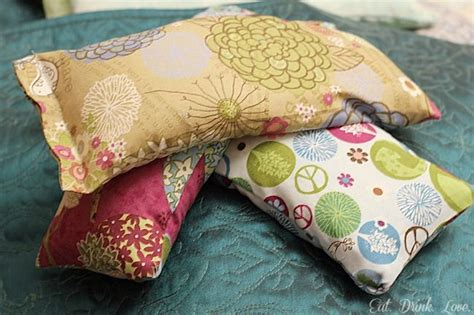 d i y rice sack heating pads