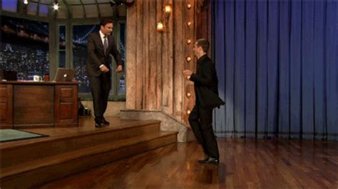 sam rockwell dancing mr right gif set sam rockwell on lnjf and he ll be back on the