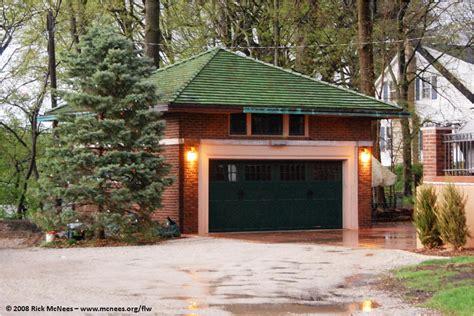 Frank Lloyd Wright Garage by Frank Lloyd Wright Prairie School Architecture In Illinois