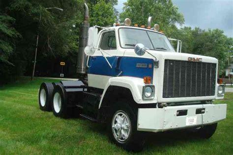 gmc semi truck gmc tj9 1979 daycab semi trucks
