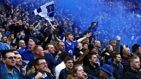 Tom Cleverley says Everton fans were 'magnificent' at