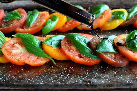 Fit Infused Botle Family Set paleo caprese salad fed fit