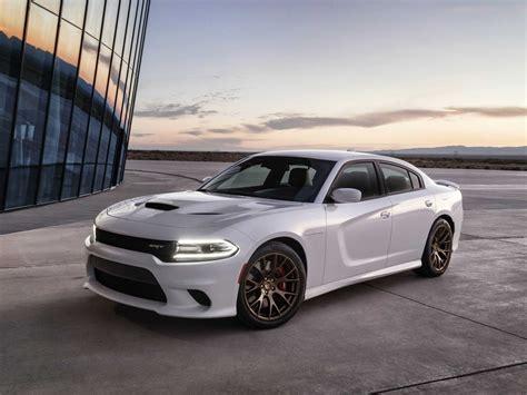 Dodge Charger Hemi Hellcat Is Fastest Sedan Business Insider