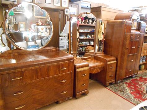 1940s bedroom set vintage 1940 s 5 pc waterfall bedroom set must see ebay
