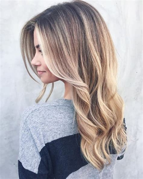 hightlight in stip of front 69 gorgeous blonde balayage hairstyles you will love