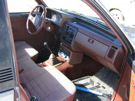 Mazda B2200 Interior Parts by Could Somebody Explain The Trim Packages Lx Se5