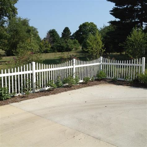 vinyl fence sections sacramento scalloped vinyl picket fence from vinyl fence
