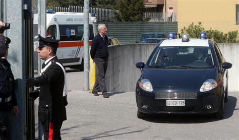 ufficio lavoro gorizia gorizia dipendente centro sta suicidio in ufficio