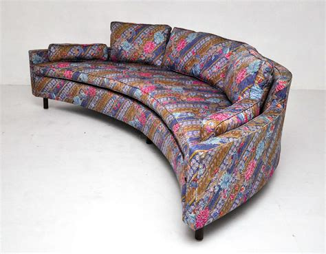 harvey probber curved sofa harvey probber curved sofas at 1stdibs
